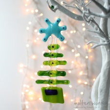 star-tree-blue-fused-glass-decoration-4003-molten-wonky.01.jpg (1)